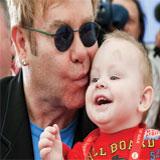 Верховная Рада Украины одобрила закон, разрешающий содомитам усыновлять детей