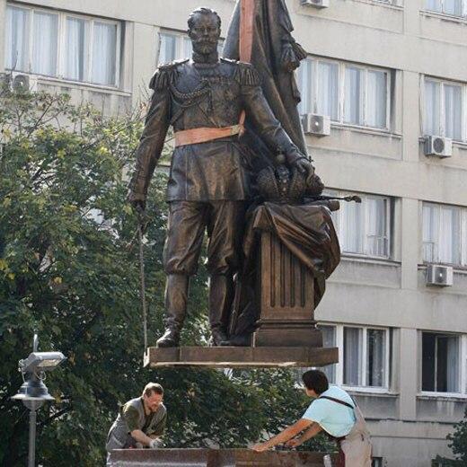 Царь Николай II - Страница 33 1413656239_pamyatnik-v-belgrade