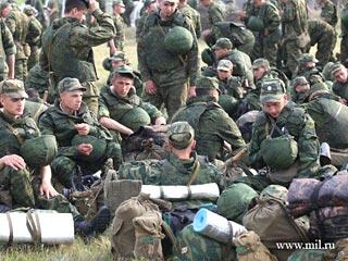 Военные моются видео, видео культуристки