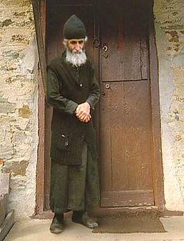1296155116_paisij Всемирното Православие - КАК НАЙ-ЛОШИЯТ МОНАХ НА СВЕТА ГОРА ИЗНЕСЕ НАЙ-ДОБРАТА ПРОПОВЕД