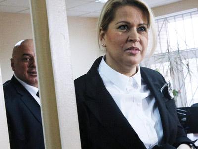 как снять арест банковского счета Москва