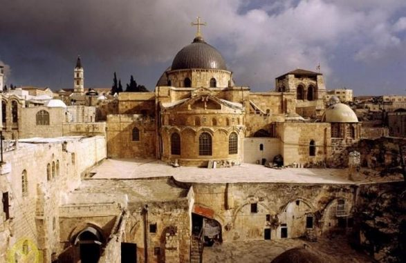 Из-за пандемии в Израиле может быть сорвана церемония схождения Благодатного огня
